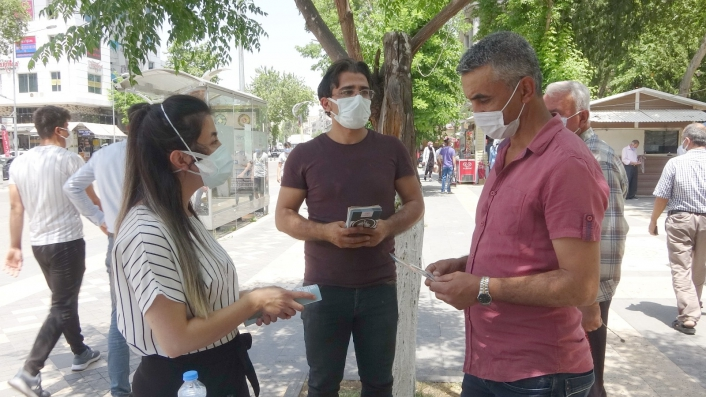 Vatandaşlara sigara uyarısı