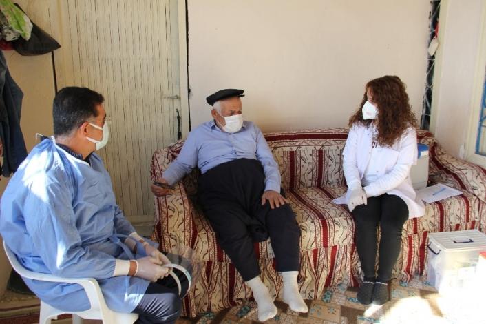 Yaşlı Amca ile Doktor Arasında İlginç Diyalog